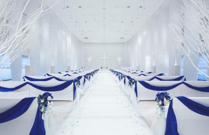 LEDビジョンでより感動の演出を -結婚式場でのLEDビジョン導入-