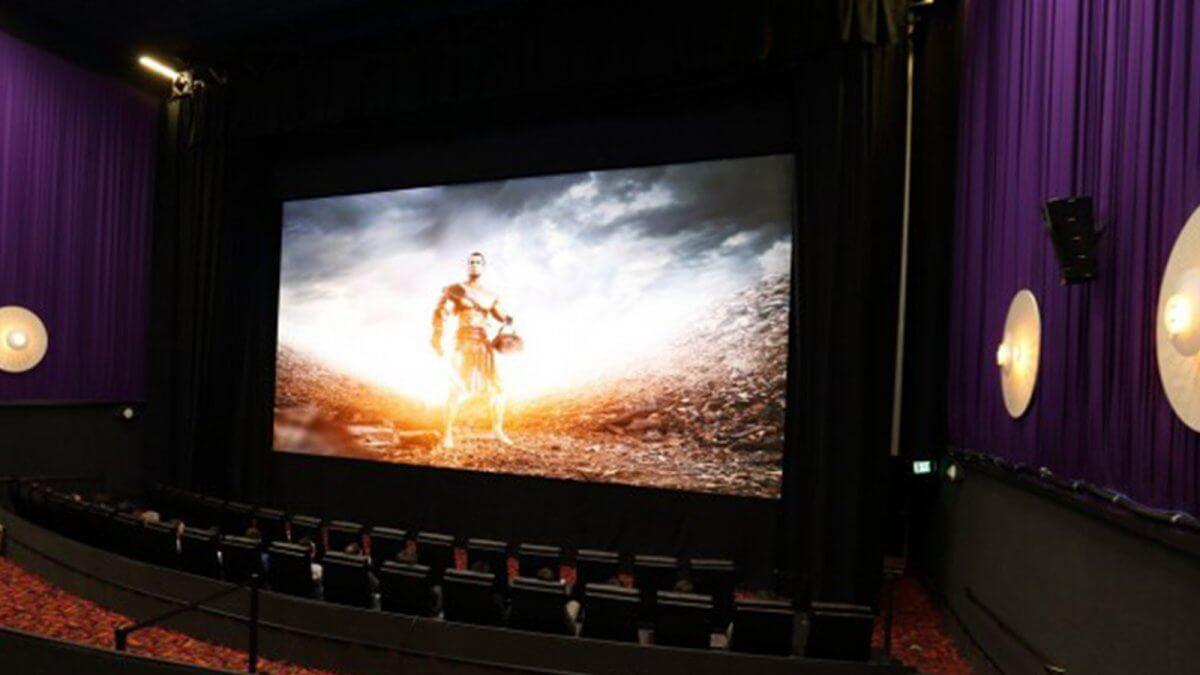 新たなLEDビジョンの誕生で、約120年間映写機を使い続けた映画業界に革命が起きる!