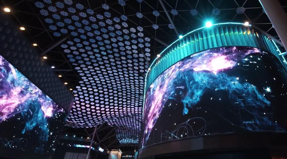 """世界都市ドバイに誕生した""""世界最大のマルチメディア""""が未来を創造するアイディアに!"""