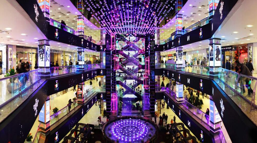 「LEDビジョン」の未来的な印象と特性が実現する空間デザインが魅力「LEDビジョン海外事例」