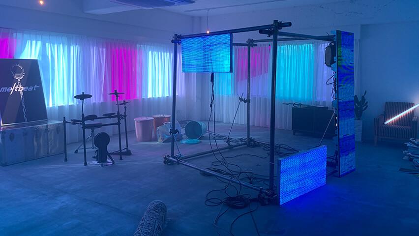sleepyheadの新曲「meltbeat feat.DURAN」ミュージックビデオ撮影に、「LEDビジョン」を導入しました