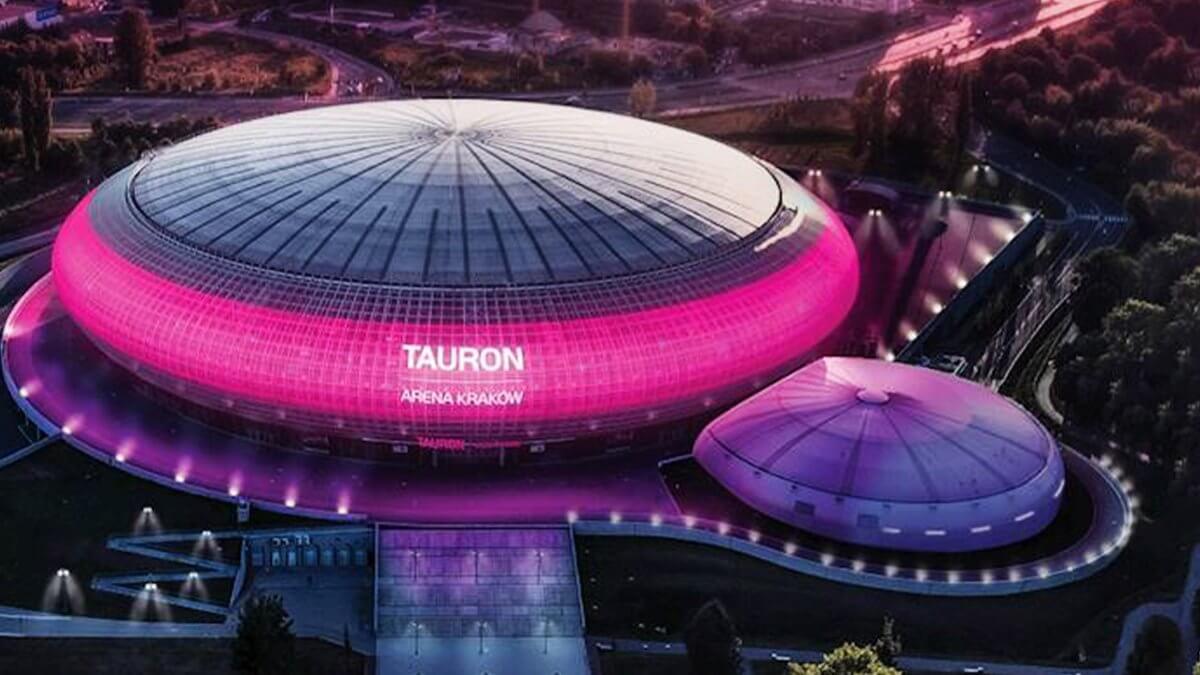 超巨大UFO!?ポーランドのアリーナ「Tauron Arena Kraków」の「ウィンドウビジョン」