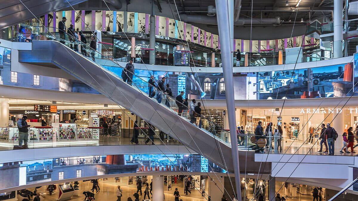 高精細LEDビジョンが日本最安値で販売開始!商業施設やアパレルブランドのイメージアップに!