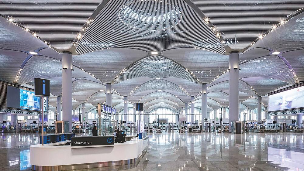 2019年誕生の国際空港が凄い!トルコ「イスタンブール新空港」に見る最新LEDビジョン