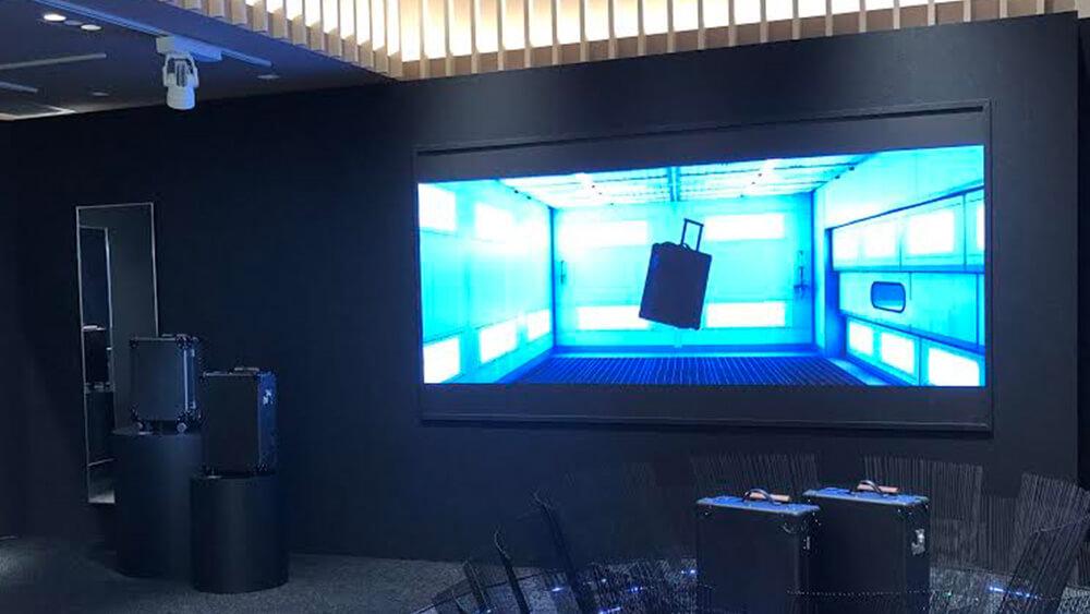 宇宙旅行時代の新素材トラベルケース「AERO」が先行発売!伊勢丹新宿店ポップアップストアに「LEDビジョン」を設置しました