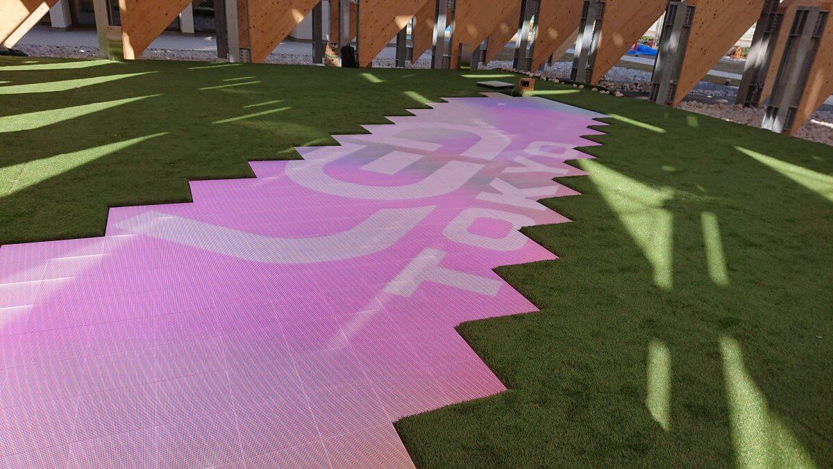 新施設「CLT PARK HARUMI」のアトラクション「DISCOVERY LEAF」に LED ビジョンが導入されました。