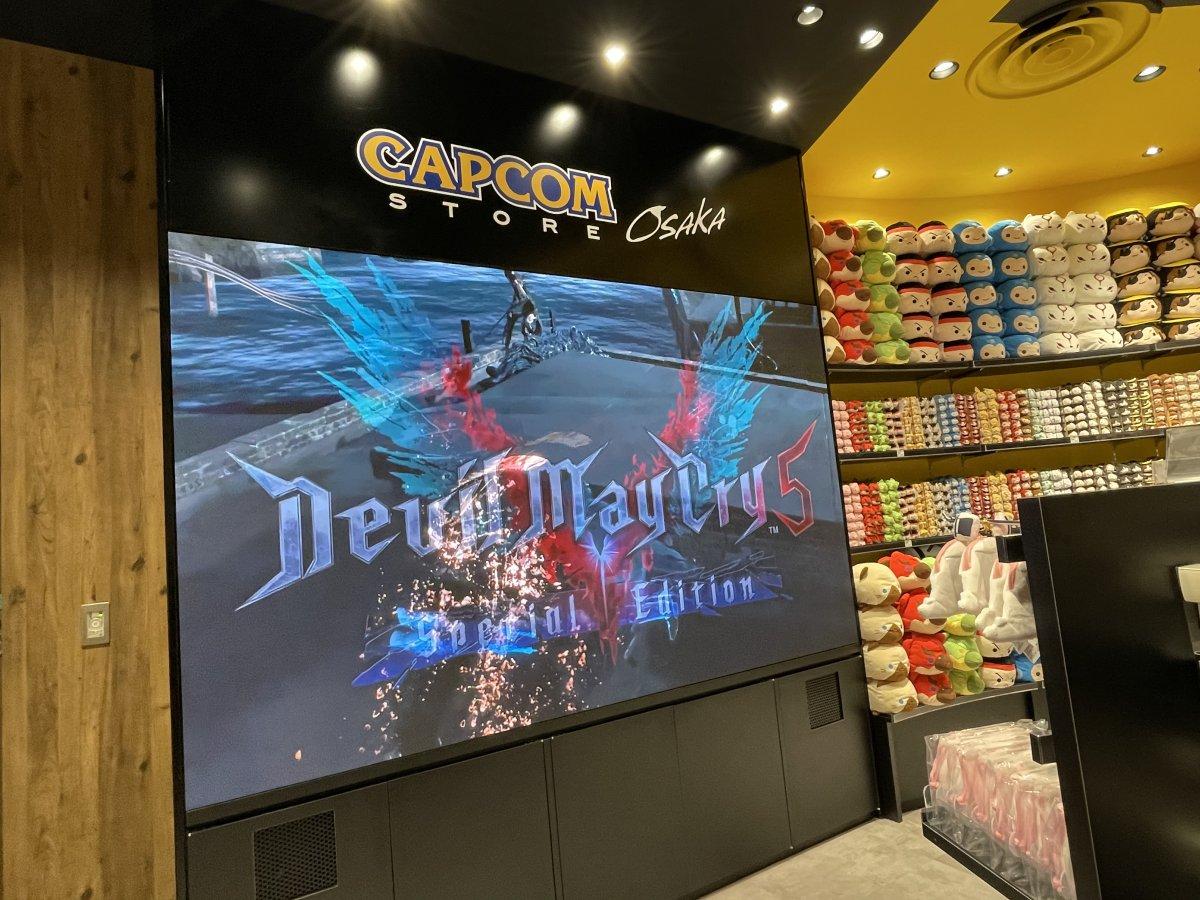 カプコンストア大阪にLEDビジョンを導入しました。